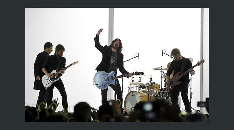 Foo Fighters publican
